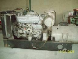 Gerador de energia 325kva 220v, 110 volts trifasico mod nta855pg