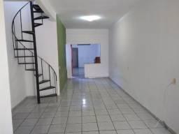 Casa Duplex. Prox.Av.Washigton Soares / Hosp. Valdemar de Alcântara
