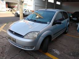 Fiesta 2004 básico 1.0
