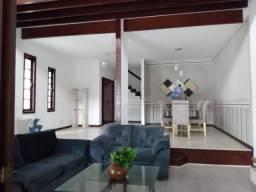 Casa com 4 dormitórios à venda, 455 m² por R$ 890.000,00 - Itaipu - Niterói/RJ