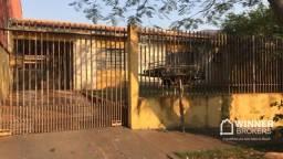 Casa com 3 dormitórios à venda,325 m² de Terreno 175 m² de Contrução por R$ 320.000 - Conj