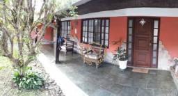 Casa com 3 dormitórios à venda, 200 m² por R$ 860.000,00 - Tijuca - Teresópolis/RJ