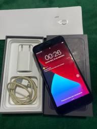 IPhone 8 Plus 64Gb (ac. cartão 12x s/ juros)