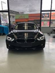 """BMW 320i 2014 """" Alemã """" Baixo Km Troco Motos"""