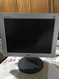 Monitor LG Flatron L1530s (usado)