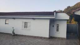 Ampla residência próximo ao centro