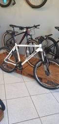 Bicicleta Dabomb aro 26 alumínio em bom estado.