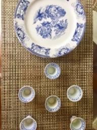 Conjunto porcelanas loucas para chá , jantar