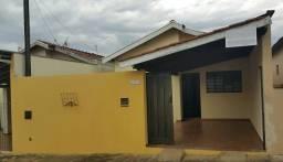 CASA 2 quartos com garagem e lavanderia  coberta fundos em SÃO PEDRO SP