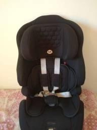 Vende-se Cadeirinha de carro Tutti Baby De 9 a 36 Kilos.