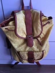 Bolsa mochila amarela