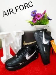 Tênis Nike force preto