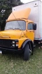 Caminhão 1513 todo a ar novo e todo revisado