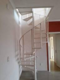 Escada caracol, bem conservada!