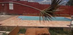 casa com piscina e jardim - para seu natal