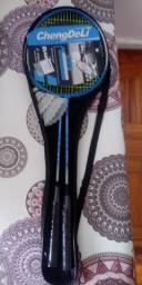 Kit badminton novo 2 raquetes 2 petecas e bolsa