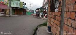 Casa bem localizada, no bairro monte sião