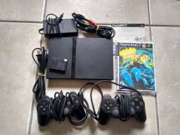PlayStation 2, 8GB memory card, 2 controles , 6 jogos.