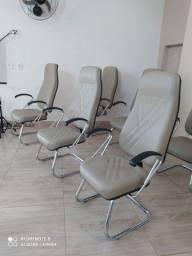 Fabrica cadeiras e poltronas igreja