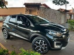 Renault Captur Intense 2.0 - 2018 - Versão Top de Linha - Automático
