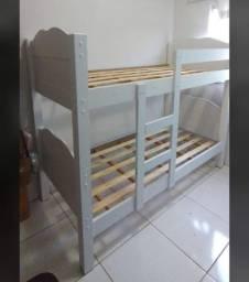 Cama beliche de madeira cor branca