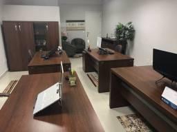 Mesas e Armários para escritório