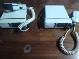 Rádio VHF solara funcionando