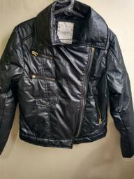 Jaqueta estilosa preta com bolsos