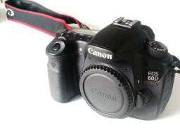 Canon 60D com acessórios para vídeo
