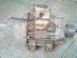 Motor trifásico de 3 HP RPM 3460 whats 99756-2047