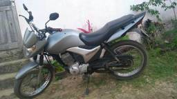 Uma moto titan 150 - 2009