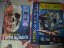 Vendo esse livro e atlas do corpo humano