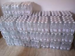 45 fardos de água mineral