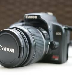 Camera Canon EOS Rebel XS