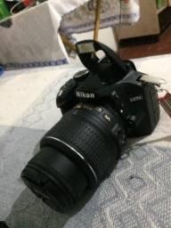 Câmera profissional Nikon D3200 novíssima
