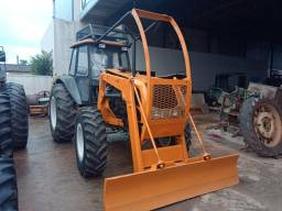 Trator valtra BM 110 ano 2013
