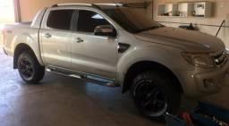 Vendo linda Pickup - 2013
