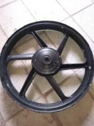 Vendo 1 roda liga leve dianteira freio tambor Titan 150