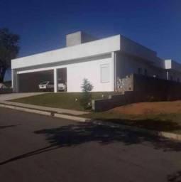 Casa de condomínio de 3 quartos para venda, 218m2