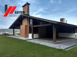 Casaa de 5 dormitorios em condominio fechado Trindade Florianopolis