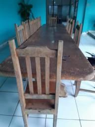 Oportunidade!!! Mesa fantástica e 15 cadeiras de madeira de lei Angelina Pedra