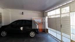Casa à venda no Jardim Caçapava em Caçapava/SP.