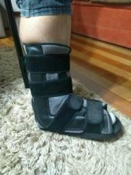 Bota curta de imobilização ortopédica