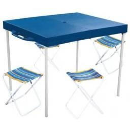 Mesa Prática Azul Com 4 Banquetas Mor