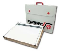 Prancheta com maleta + compasso + escalímetro da Trident