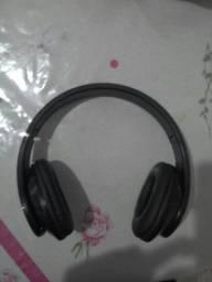 Fone de ouvido semi novo