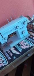 Máquina de costura zig zag