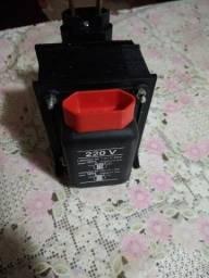 Autotransformador De Voltagem 500va 127v/220v At500va Upsai