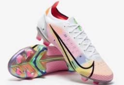 Chuteira Nike Superfly e vapor
