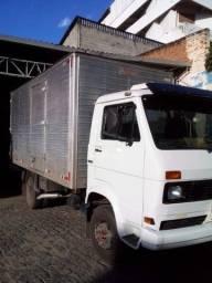 Caminhão Volkvagem 7110, ano 91
